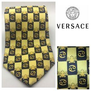 Authentic Gianni Versace 100% Gold/ Blue  Silk Tie